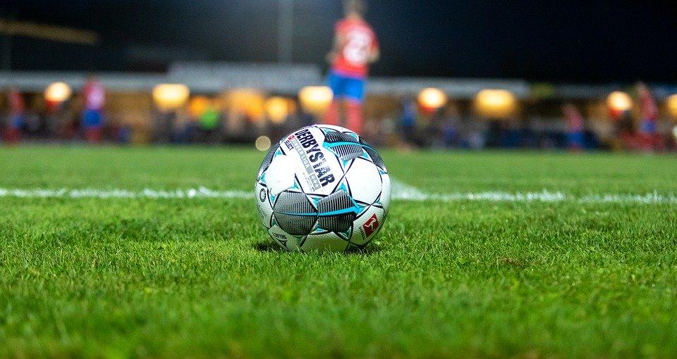 football-4505650_960_720